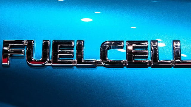 wait toyota releasing first hydrogen powered production vehicle december fuel cell 6