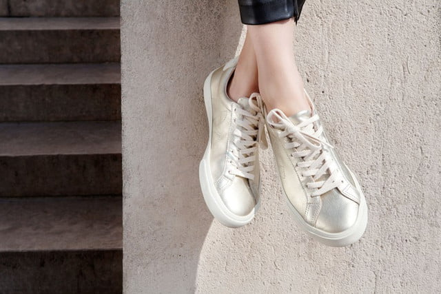 Veja sustainable sneakers - gold