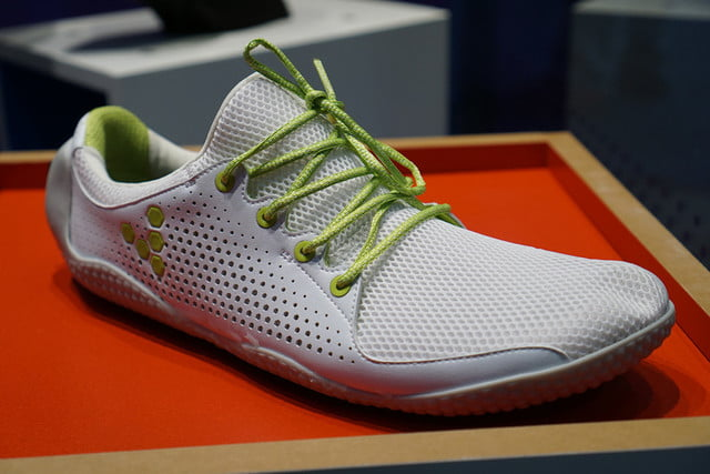 vivobarefoot announces connected shoe for barefoot running 007
