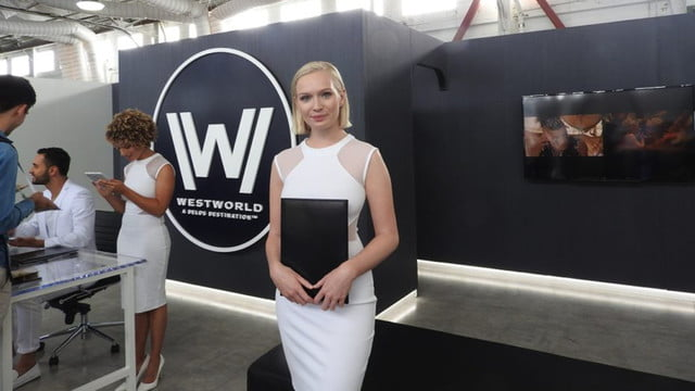 hbo created its own westworld vr experience 04