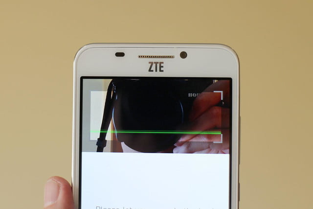 ZTE Grand S3 screen top