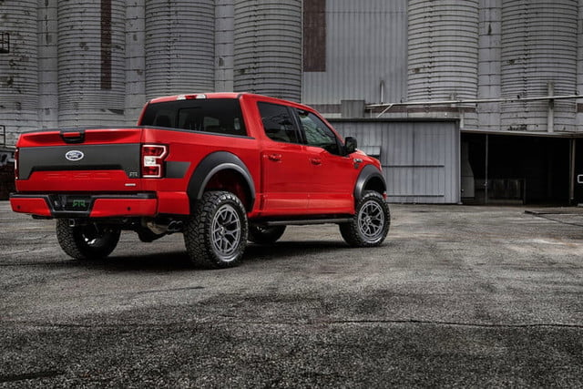 ford f 150 paquete todoterreno rtr 2019 1 3 700x467 c