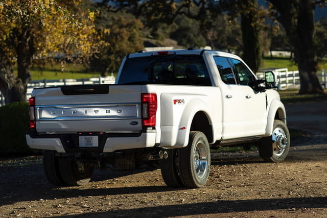 ford f series super duty 2020 450 3 700x467 c