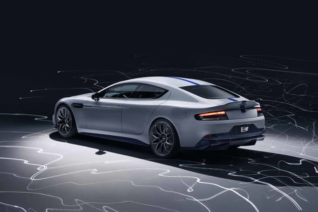 rapid e aston martin 007 rapide official 3 700x467 c