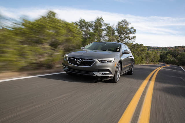 buick regal sportback 2018 4