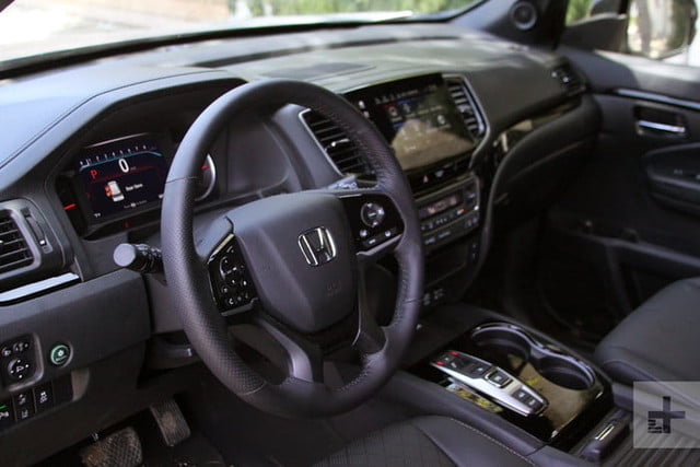 honda passport adventure lifestyle project review dash angle 700x467 c