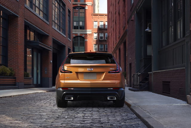 cadillac xt4 super cruise the 2019 was developed on an exclusive compact suv architect 4 640x427 c