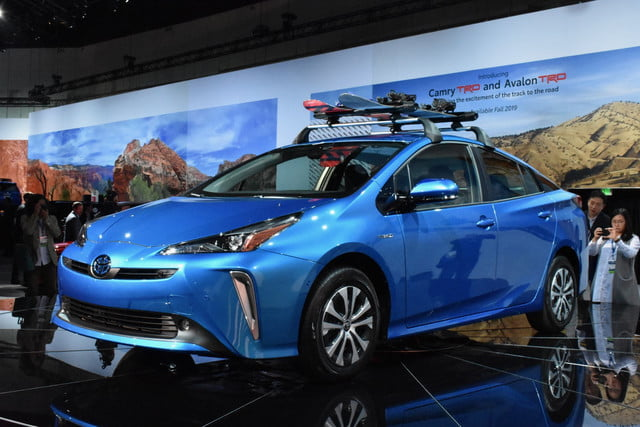 All-Wheel Drive 2019 Toyota Prius Debuts at 2018 L.A. Auto Show | Digital Trends