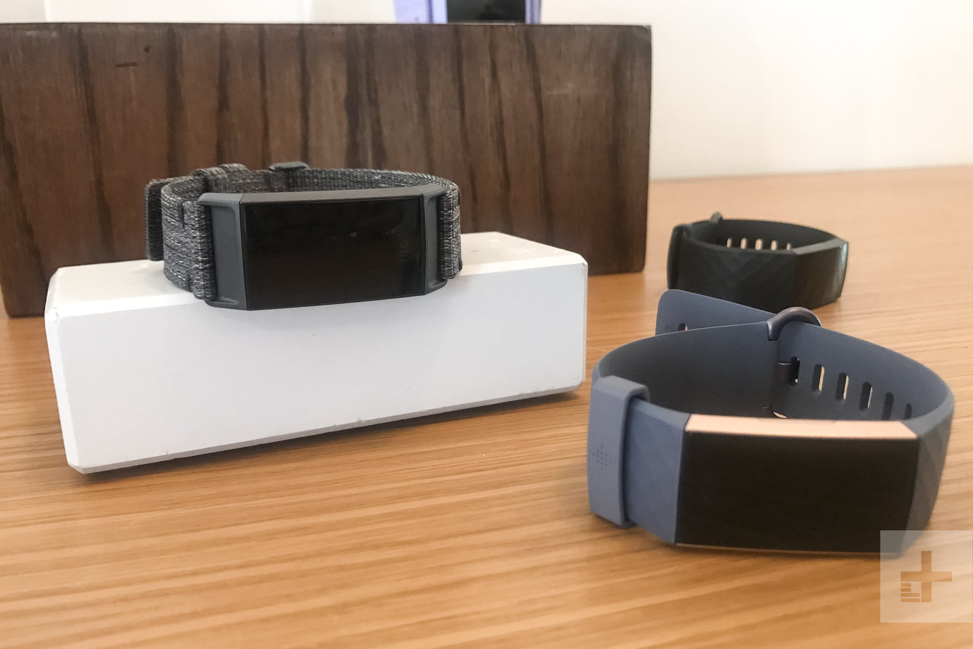 Fitbit Charge 3 hands-on preview - F3News