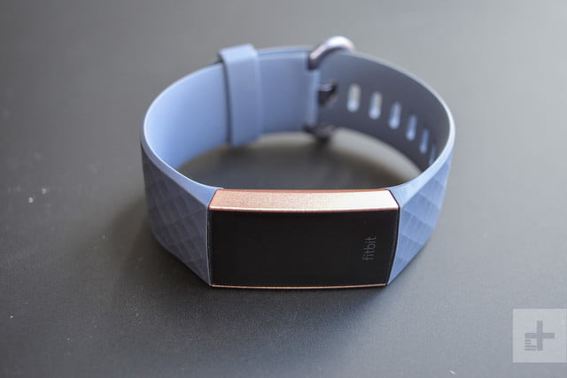 fitbit charge 3 screen off