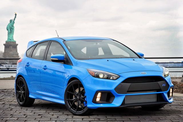 ford focus rs pricing performance specs news focusrs statueofliberty 01 hr