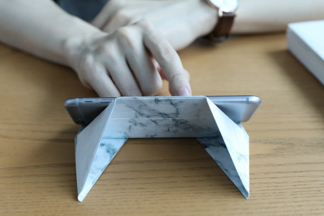 Folding Fodi Phone Stand Uses Origami Techniques To Give It Great