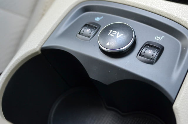 ford focus electric heated seats cup holders