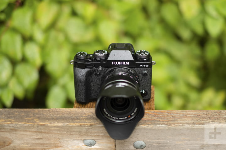 Get $200 off the Fujifilm X-T3 kit, one of the best cameras you can buy