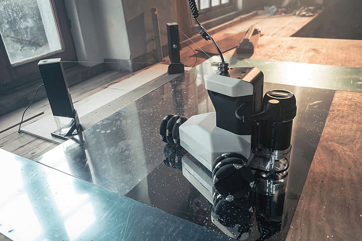 Portable CNC cutter robot is a must-have for any MakerLabs