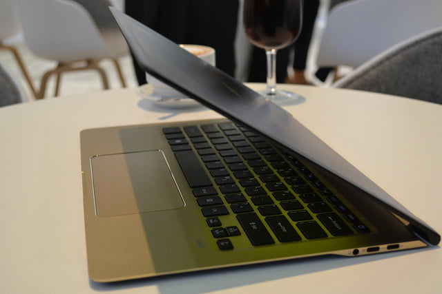 acer swift 7 hands on  0024
