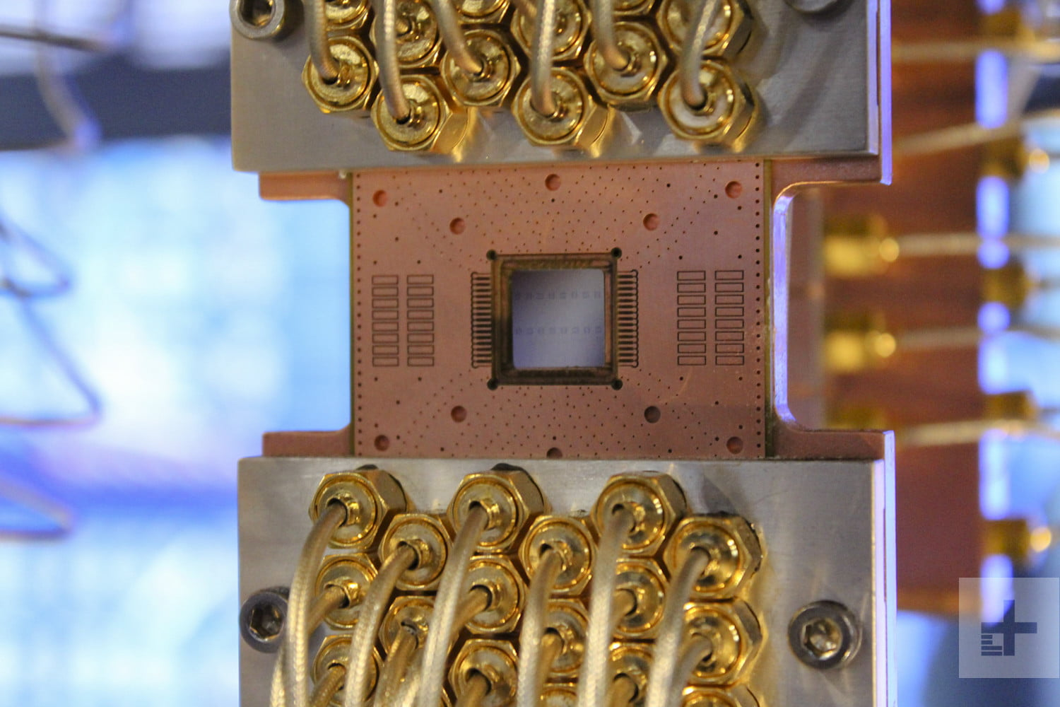 Ibm q brings the power of quantum computing to people who can ibm quantum computing feature solutioingenieria Image collections