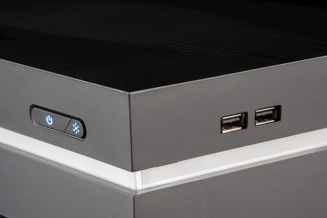 iBuyPower SBX review front USB ports