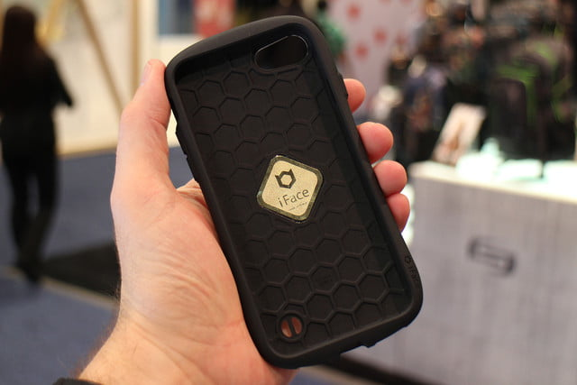 best phone accessories ces 2017 iface 02