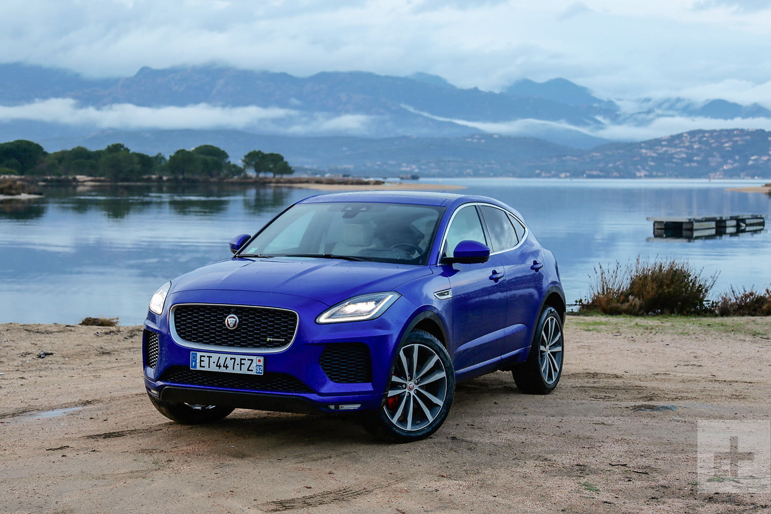 2018 jaguar e pace first drive review digital trends. Black Bedroom Furniture Sets. Home Design Ideas