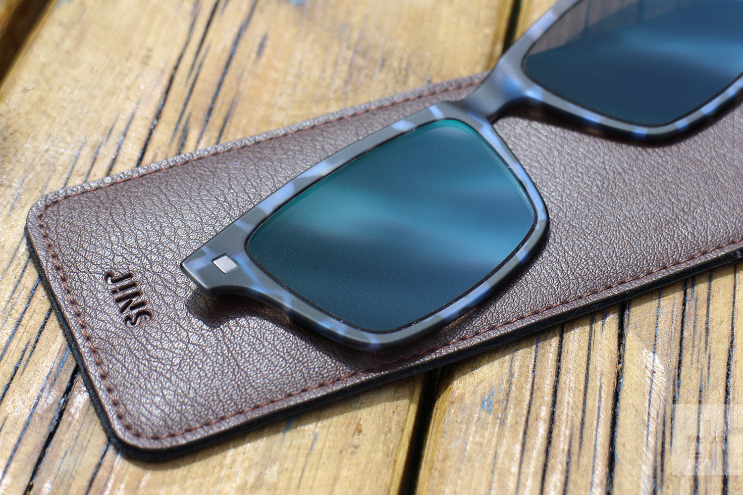 1ae5af89be Jins Frontswitch Glasses shades pattern