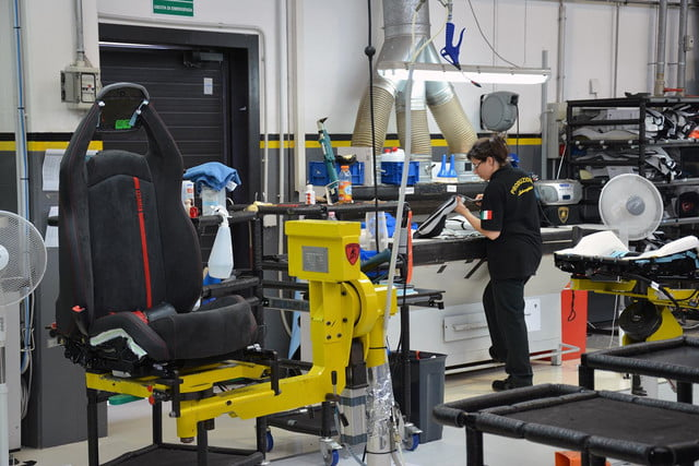 lamborghini factory tour pictures production process 0120