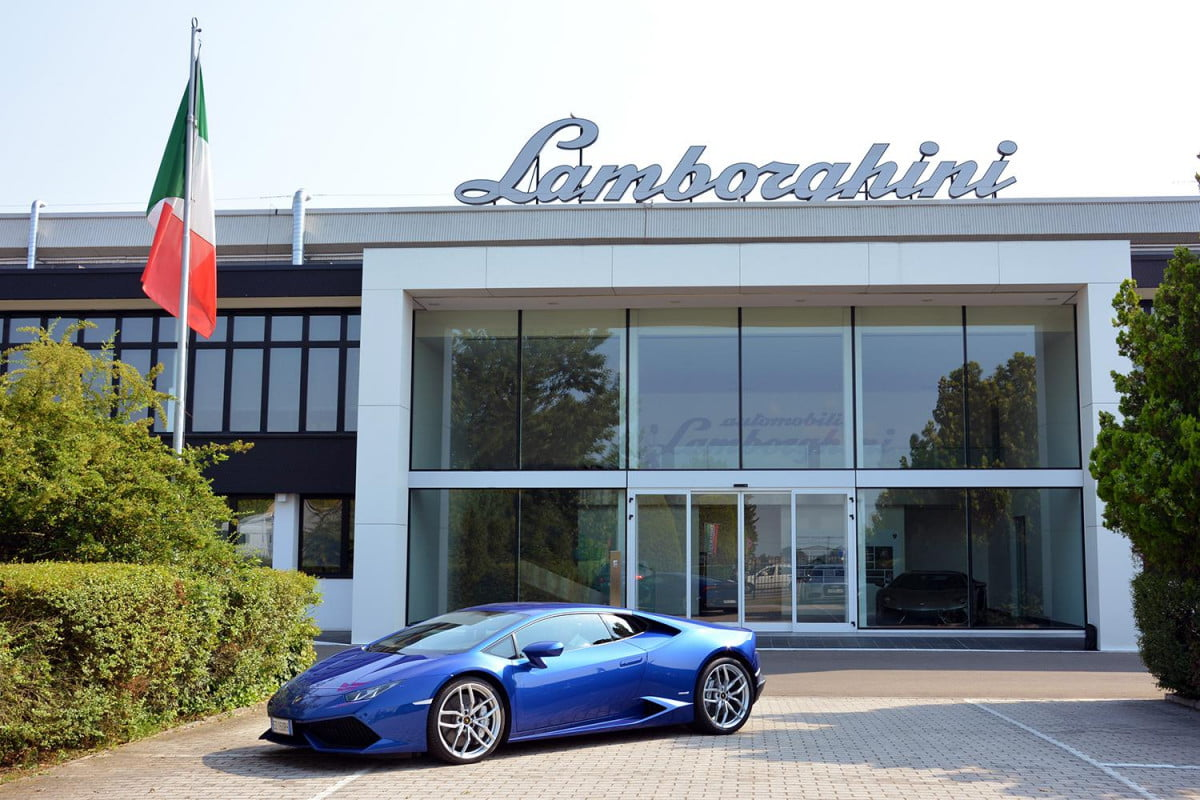 lamborghini factory tour pictures production process 0347