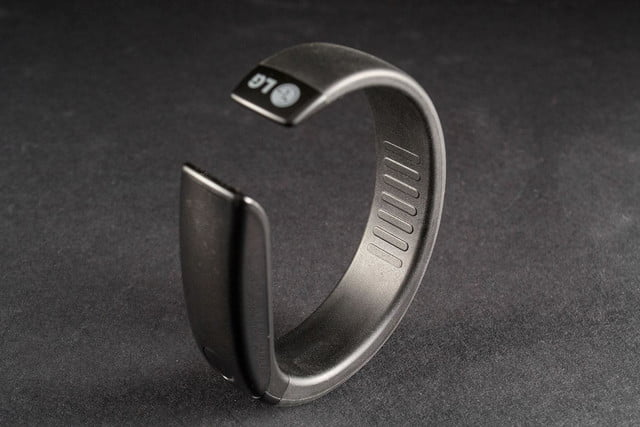 LifeBand FB84 BM top back angle