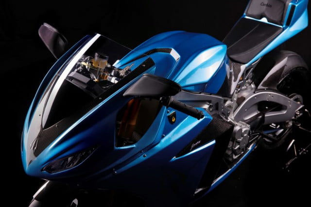 lightning strike electric motorcycle launch top left resize 768x512
