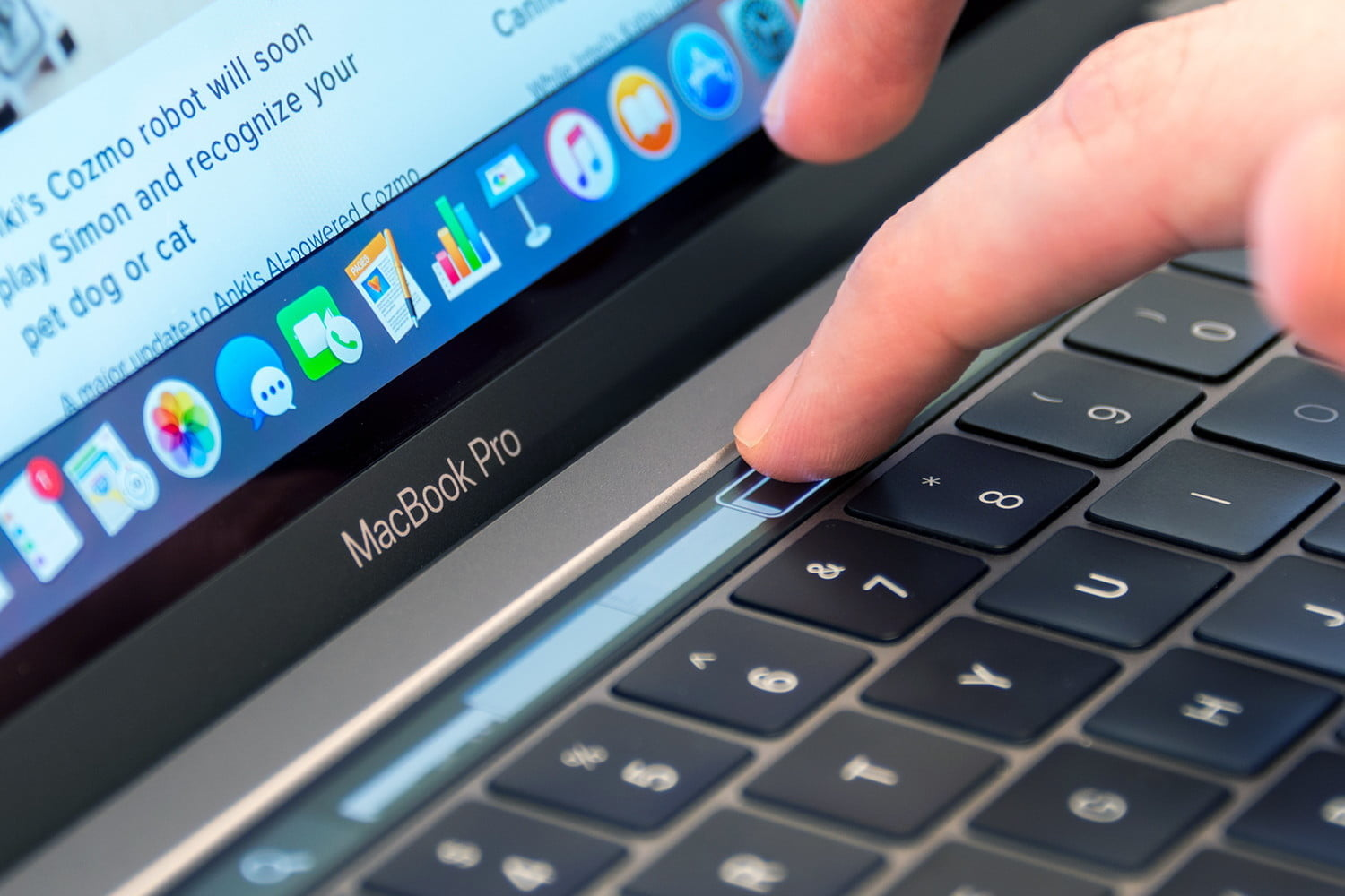 macbook pro t2 coprocessor security issues 2016 touchbar1