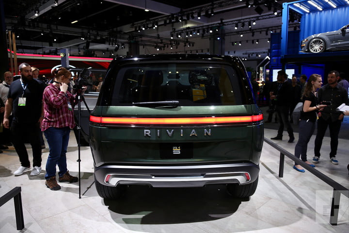 rivian r1s electric suv mb 5