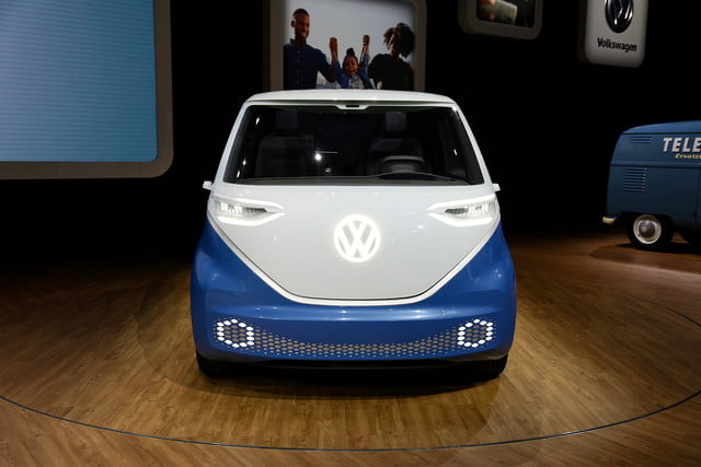 volkswagen id buzz cargo will report for delivery duty in 2022 mb vw carg race 1