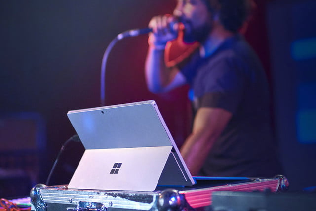 microsofts surface pro 4 rides the wave 3 started microsoft news 0032