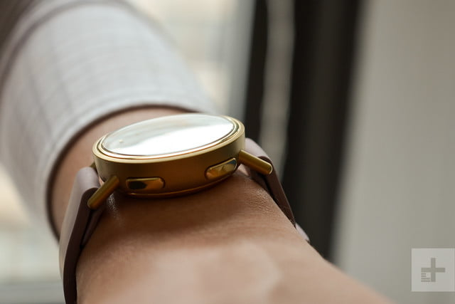 misfit path review with profile on wrist