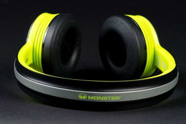 Monster iSport Freedom top