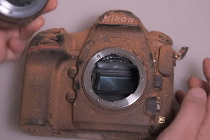 Watch how Nikon tests the durability of its D850 professional DSLR