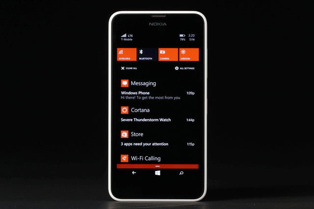Nokia Lumia 635 front messaging