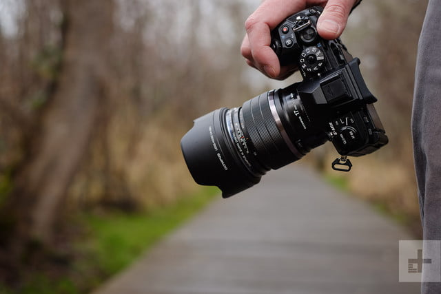 Olympus M.Zuiko 17mm F1.2 Pro review at side