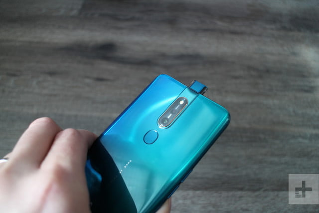 Oppo F11 Pro Banishes Bezels With a 90 9 Percent Screen-to-body