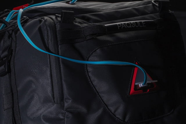 Goodbye Odors! This Smart Gym Bag Freshens Its Contents For You ... 2e1dcc69ccd4a