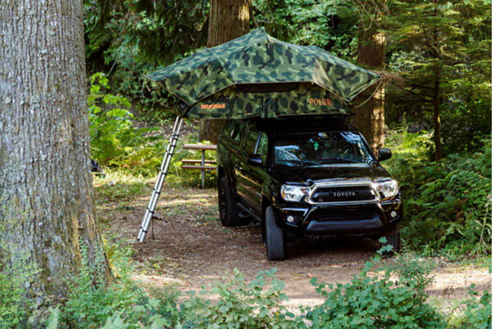 yakima and poler skyrise rooftop tent polermain