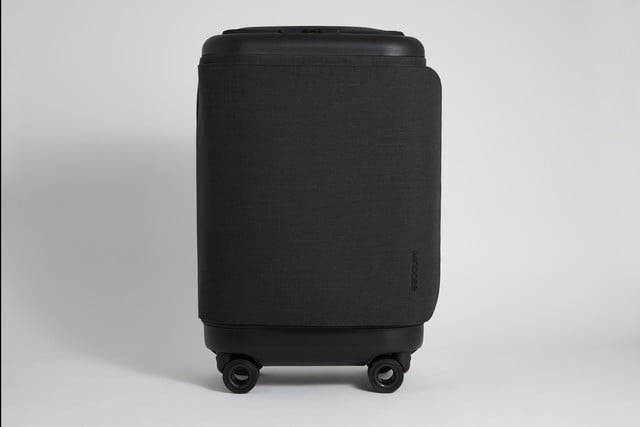 incase proconnected 4 wheel hubless roller smart luggage blends high design with large capacity battery studio0379