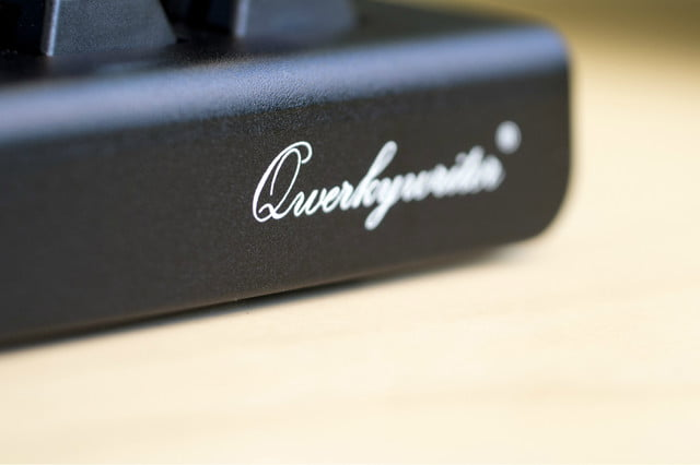 meet the keyboard that turns your tablet into a typewriter kinda qwerkywriter signature