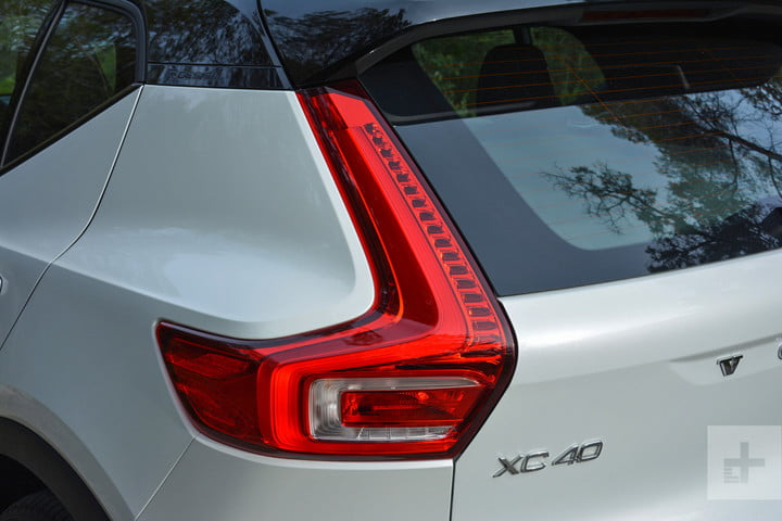 2019 Volvo XC40 first drive review back angle close