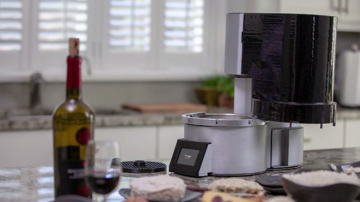 Fromaggio lets you become a cheese-making machine in your own kitchen