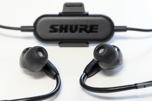 Shure SE215 BT earbuds review battery box