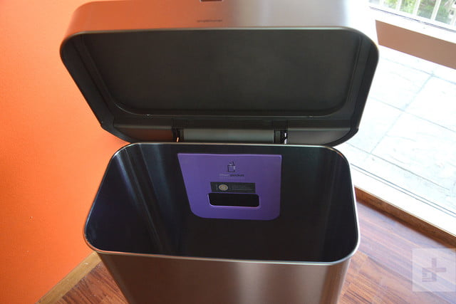 Simplehuman voice-activated sense can review