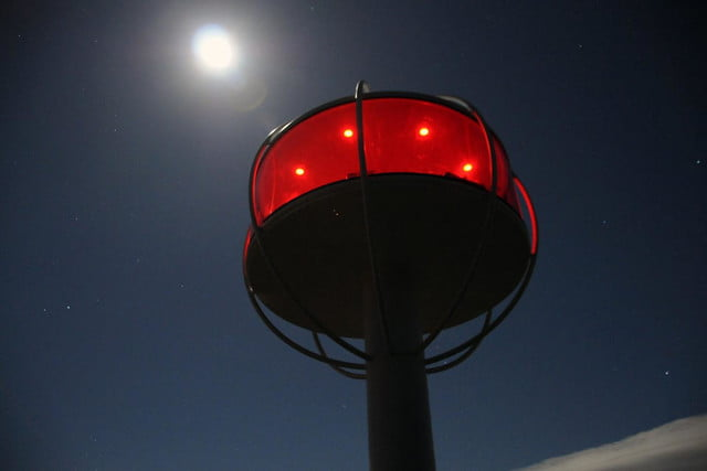 skysphere is a voice controlled man cave 33 feet in the air 4