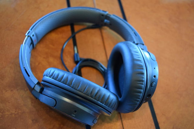 Sony MDRZX770BN hands on3