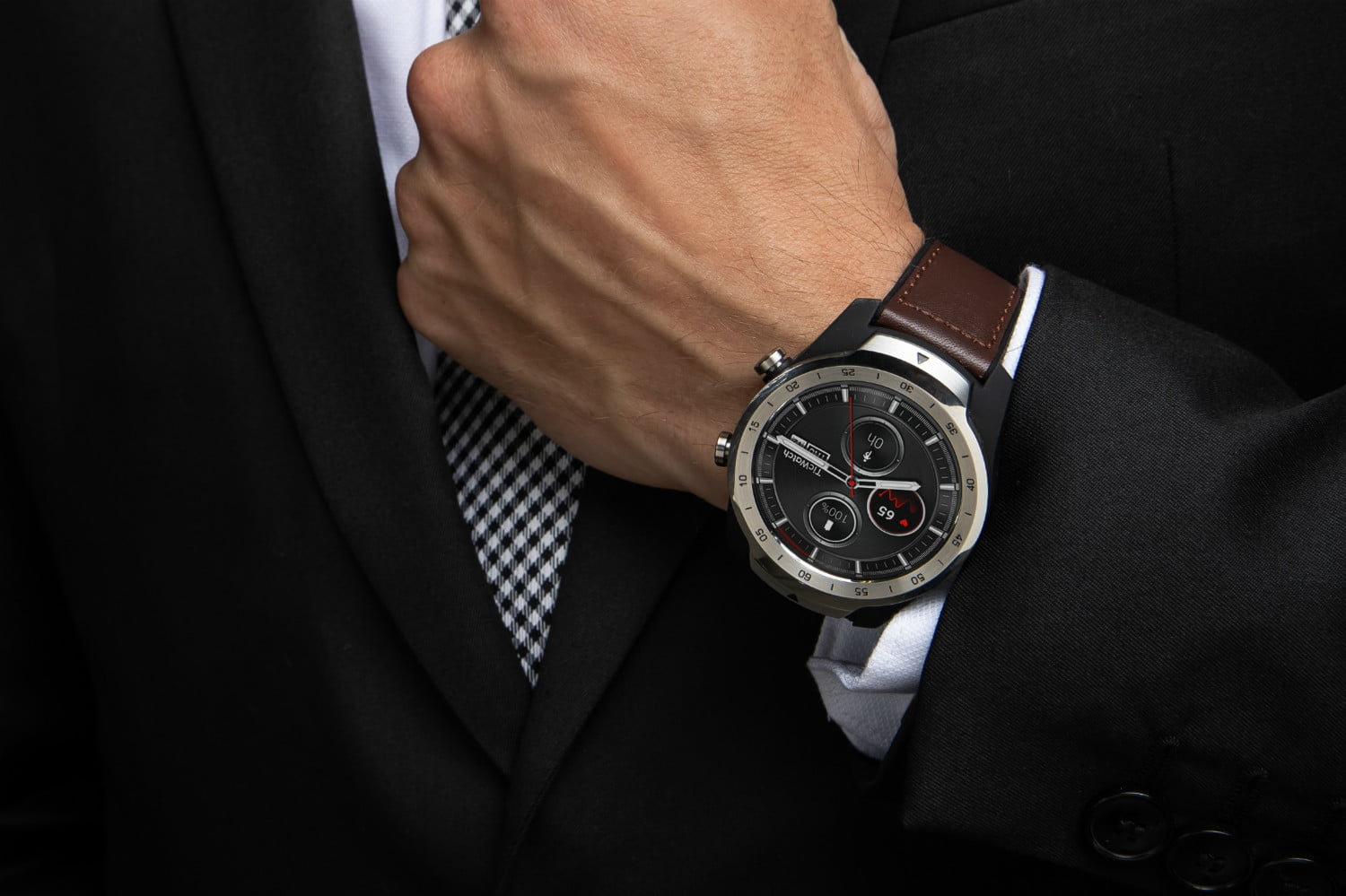 Ticwatch Pro Solves Smartwatch Battery Woes With Clever